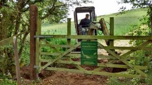 Repairing and reinstating a gatepost/gateway for Devon Birds