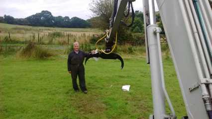 My Grandfather stood next to the new grab for the 7.5t (He has manufactured the bracket in house)